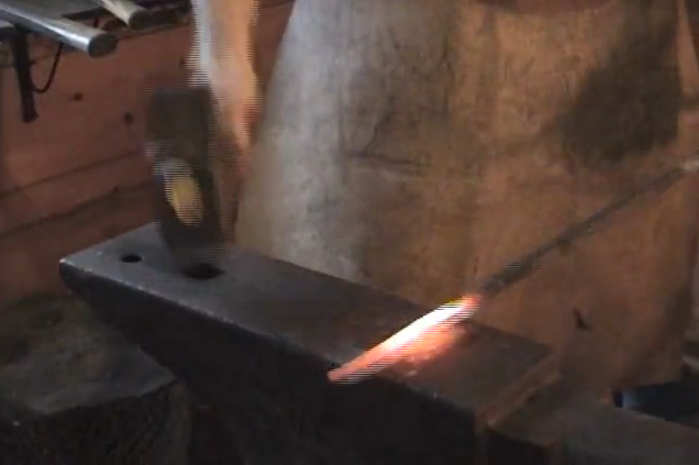 Post image for How to Forge a Pilum Shank-Blacksmithing Video